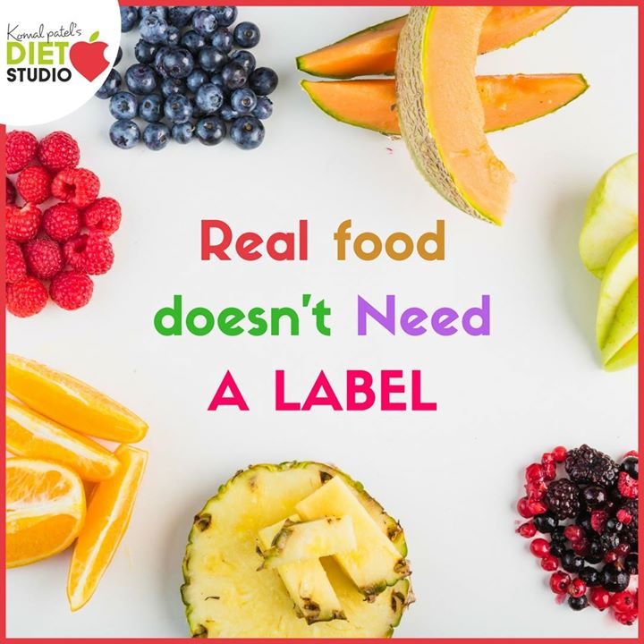 Real food doesn't have a long list of ingredients on a label.  They are high in all the things we need such as fiber and nutrients, and naturally low in all the stuff we don't need, such as sugar, fat and chemicals. To be healthy all we need to do is eat real. #eatreal #realfood #realfruits #fiber #nutrients #fit #healthy #healthylifestyle #nutrition #diet #eatclean #nutriouslife #dietstudio #komalpatel #superfood #fruits #healthylife
