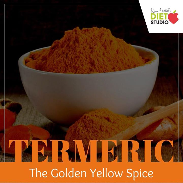 This golden yellow hued spice powder is a well-accepted immunity boosting agent. It is a natural antiseptic and antibiotic agent too. And, that is one of the reasons you should drink turmeric infused milk when you get a bout of cough or fever.  #turmeric #goldenspice #spice #indianspice #immunity #monsoon