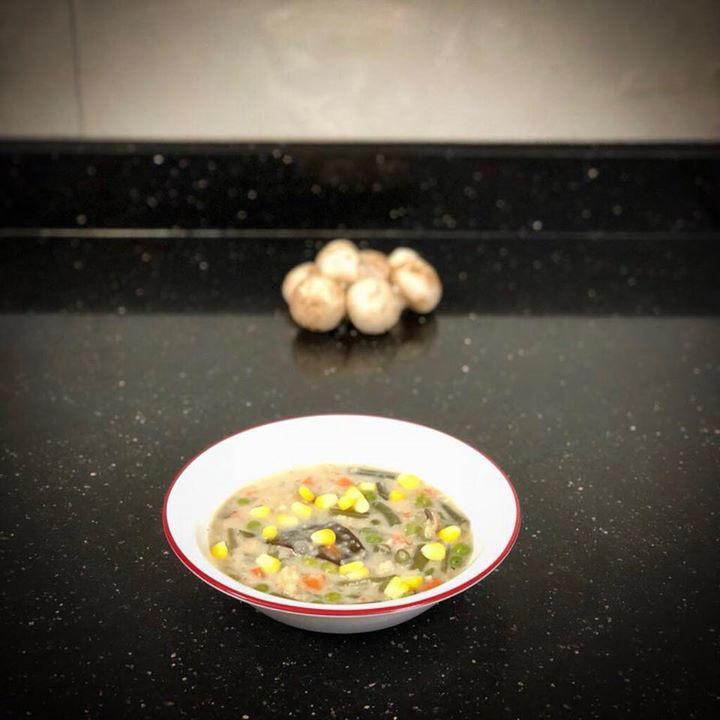 Vegetable and oats soup for dinner... Peas + carrot + beans + corn + oats  #vegetables #soup #dinner #healthyrecipe #recipe #oatssoup