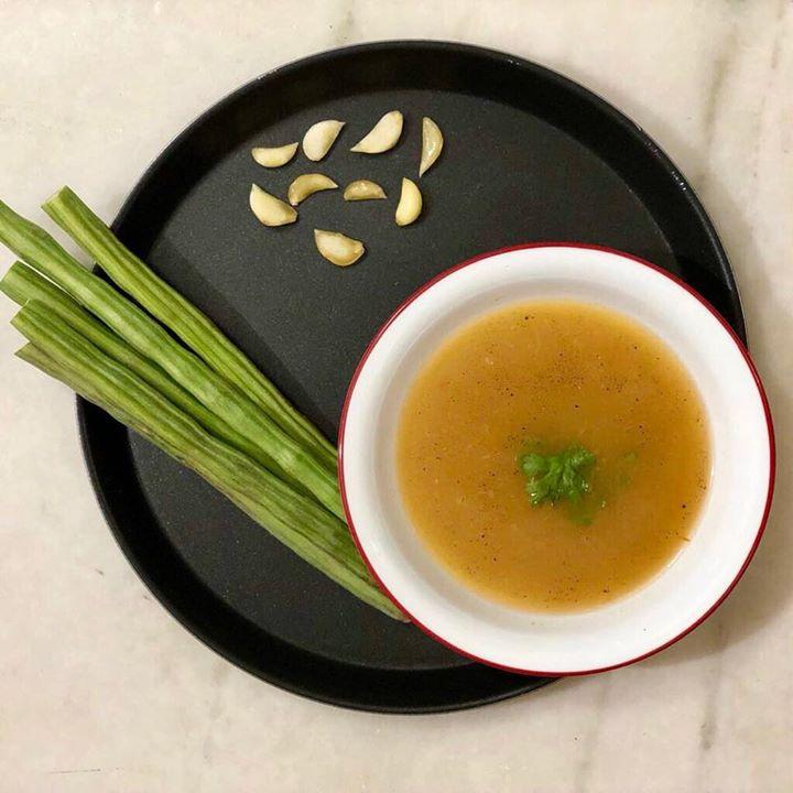 Komal Patel,  drumstick, drumstickbenefits, soup, healthysoup, dinner, moringa, recipes