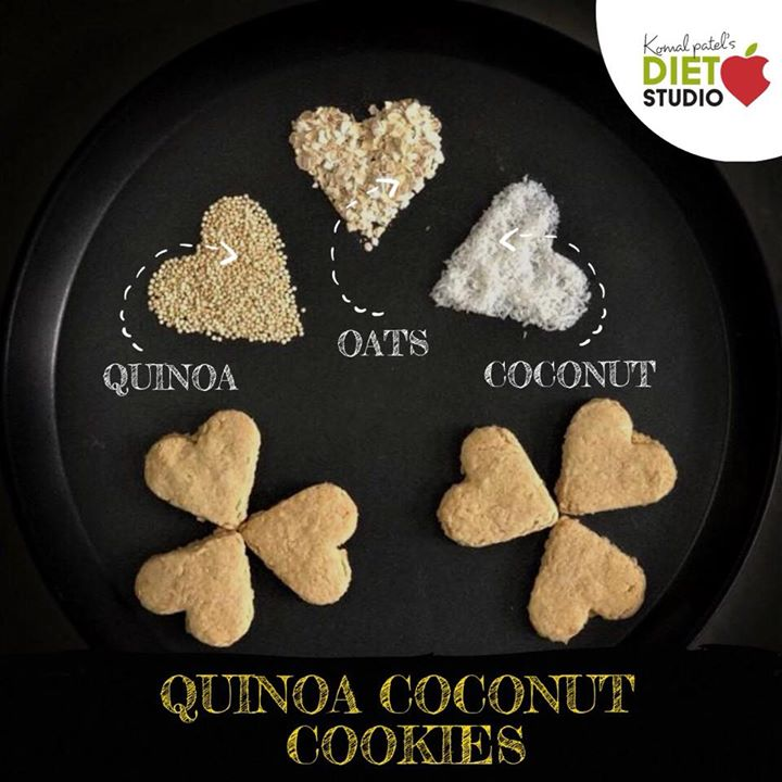 When my kid asks for cookies to a mom who is a Dietitan 😜 she always have an healthy option. Made cookies with Qunioa + oats + coconut with help of my friend Mihal.  Thanks a lot Mihal for such crispy and tasty cookies. #cookies #qunioa #oats #coconut #kidshealth #kidsnutrition #tiffinideas #kidstiffin #healthysnacks #snacks #kidssnacks