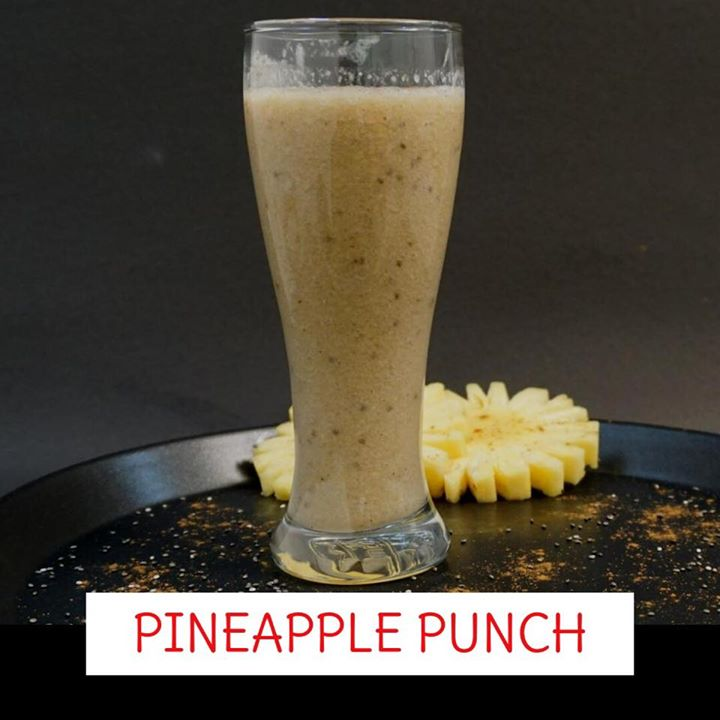 Enjoy a taste of the tropics and give yourself a healthy start to the day with this creamy no-sugar-added Pineapple Punch. A good Immune system booster, Great for digestion and elimination, Provides antioxidant. Good for your bones. Supports the health of your eyes. Rich in an array of vitamins and minerals this smothiee works wonder. Check out the recipe on the link below https://youtu.be/jXadQ_eIMNk #youtube #recipe #healthyrecipe #navratra #navratri #navratrirecipes #smoothie #pineapple #pineapplesmoothie