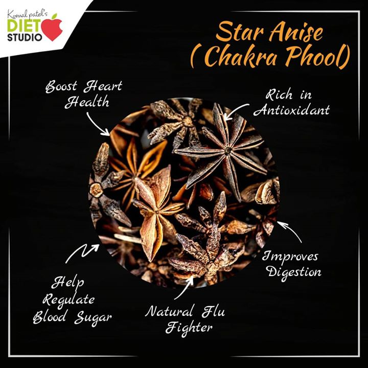 In addition to looking pretty, star anise has a pleasant licorice-like flavor that adds warm flavor to curries, soups, stews, baked goods and even smoothies. anise provides a few essential nutrients that make it really good for you. #anise #staranise #chakraphool #benefit #spices