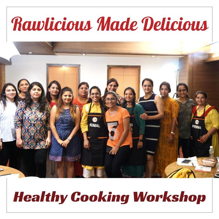 Today we conducted first time ever in Ahmedabad A healthy cooking workshop RAWLICIOUS MADE DELICIOUS. It's was a creative and learning session ... ##diet #healthyeating #eatingclean #cleaneating #health #healthyfood #food #recipes #healthyrecipes #fit #fitness #lifestyle #healthylifestyle #lifestylechange #goodfood #goodvibes #dietitian #komalpatel #nutrition #nutrionist #ahmedabad #dietclinic #weightmanagment #weightloss #fatloss #healthfirst #balancediet #balancedfood #cooking #dietplan #lifeofdietitian #healthicon