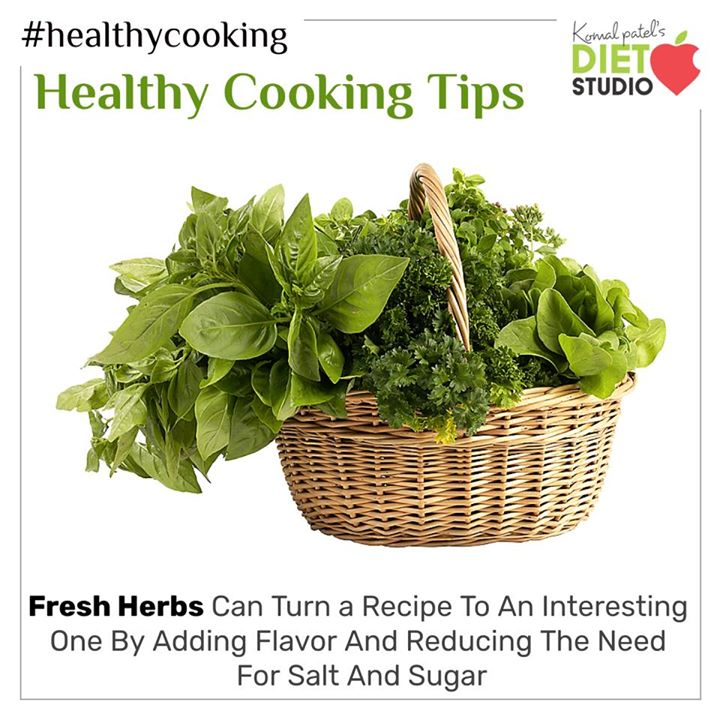 #healthtip Boost flavour and your health by adding fresh herbs to food. #herb #cookingtip #benefit #herbs
