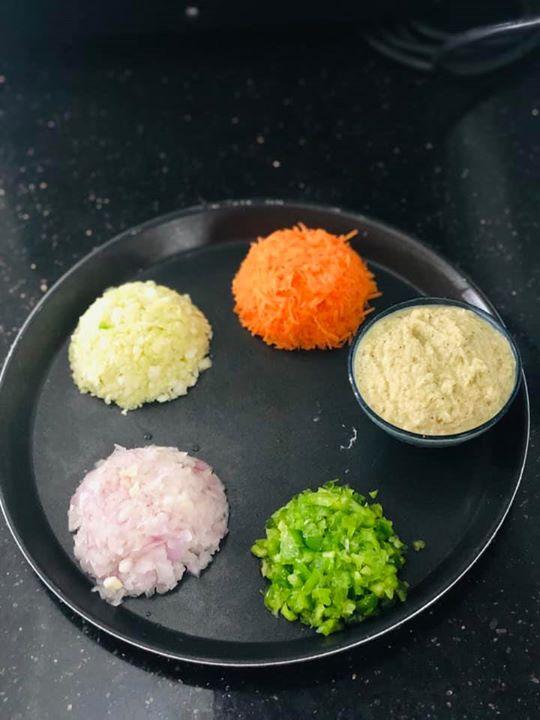 Komal Patel,  moongdalchilla, moongdalvada, appam, tomatochutney, healthyrecipe