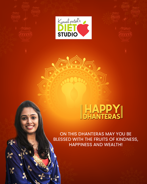 On this Dhanteras may you be blessed with the fruits of kindness, happiness and wealth!  #Dhanteras #Dhanteras2019 #ShubhDhanteras #IndianFestivals #DiwaliIsHere #Celebration #HappyDhanteras #FestiveSeason #Diwali2019 #komalpatel #diet #goodfood #eathealthy #goodhealth