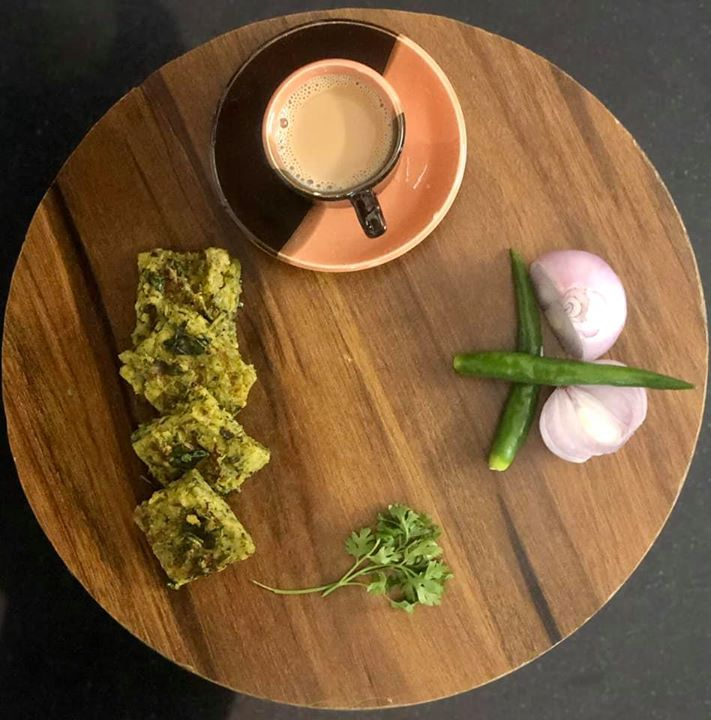 Cilantro fritters or kothimbir vadi whatever name u give it ...  Kothimbir vadi a maharashtrian snack - a healthy protein rich delicacy to have when u are in at your homeland... #kothimbirvadi #cilantrofritters #healthysnack #healthysnack