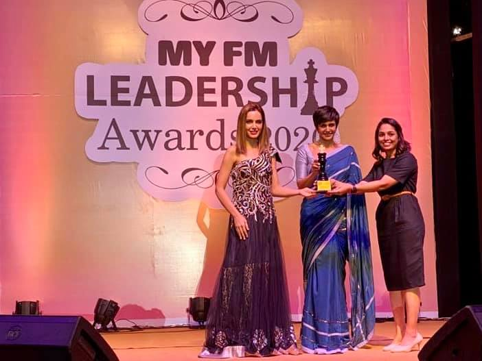 Thank you for the honour and privilege receiving excellent dietitian award by Mandira Bedi  and @shazanpadamsee.  Thank you for all your trust and support  I will continue to share my passion for food , nutrition and healthy lifestyle. #bestdietitian #indiandietitian #komalpatel #diet #blessed #achievement