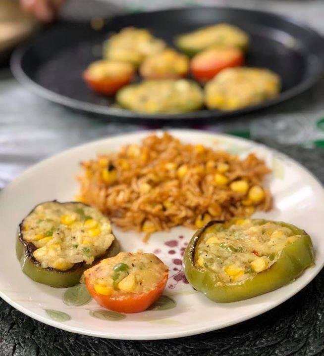 Komal Patel,  kpmeals, stuffedcapsicum, capsicum, mexicanrice, komalpatel, dinner, healthymeals, quarantinemeal, lockdownfood