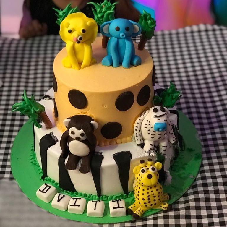 #birthdayfun #childhoodmemories #fun #masti #cheatmeal #cakelover #cakes