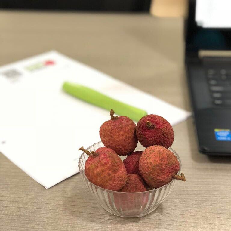 Komal Patel,  fruit, snack, lychee, officesnack, dietstudio, diet, 4pmsnack, snacktime, healthysnacks, fruits