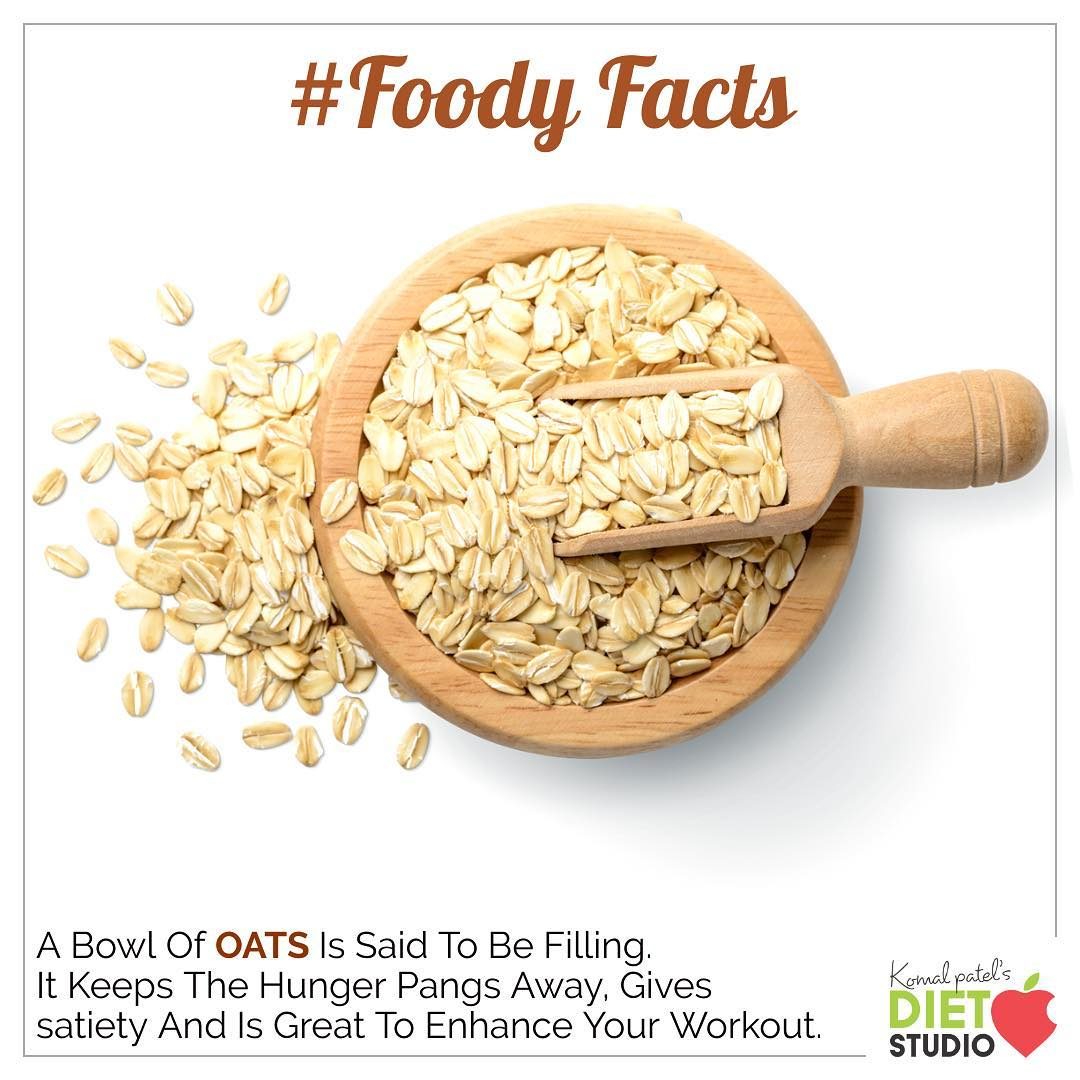 Foody facts  Oats are high in the soluble fiber beta-glucan, which has numerous benefits. It helps reduce cholesterol and blood sugar levels, promotes healthy gut bacteria and increases feelings of fullness. #diet #healthyeating #eatingclean #cleaneating #health #healthyfood #food #recipes #healthyrecipes #fit #fitness #lifestyle #healthylifestyle #lifestylechange #goodfood #goodvibes #dietitian #komalpatel #nutrition #nutrionist #ahmedabad #dietclinic #weightmanagment #weightloss