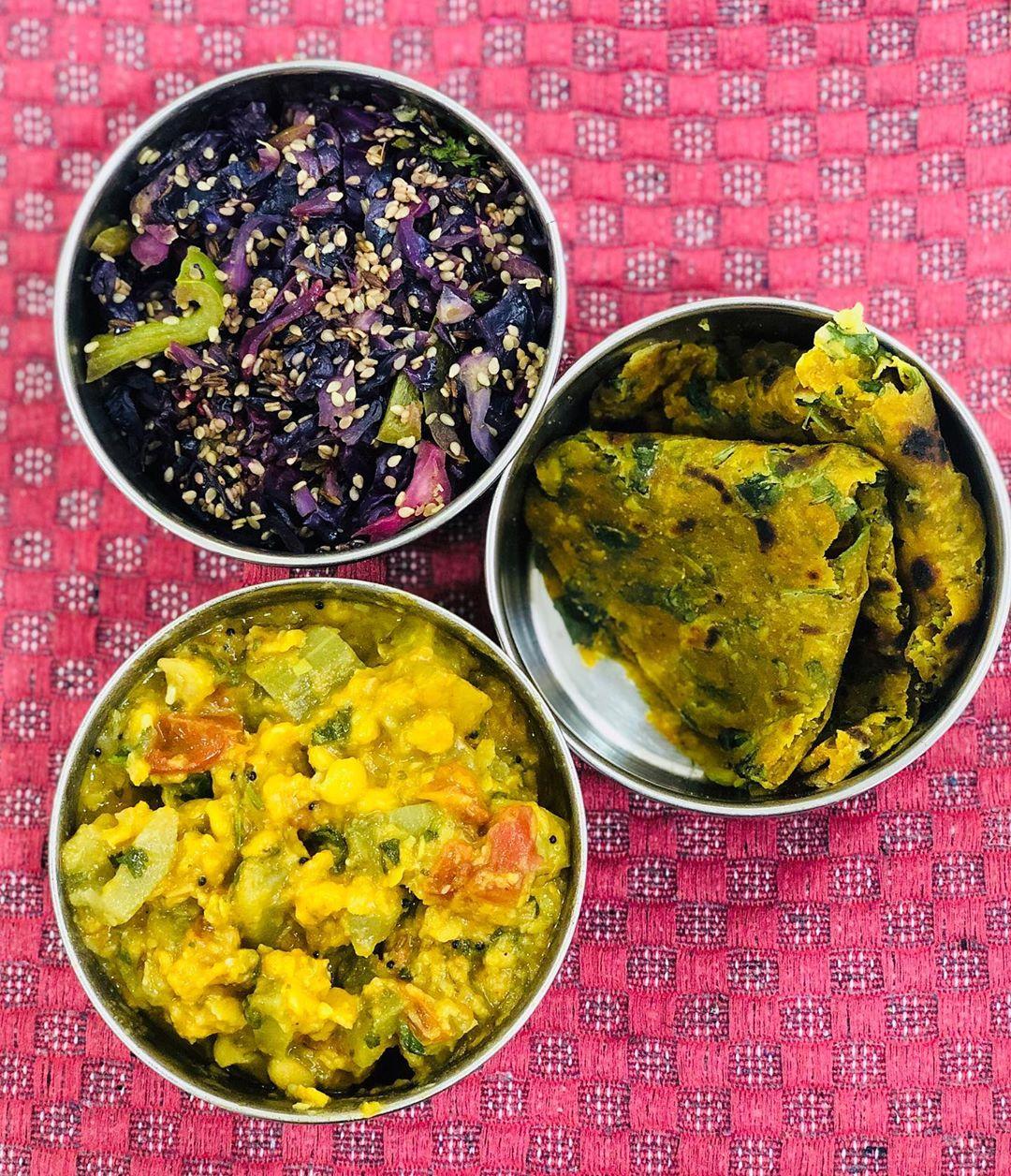 Komal Patel,  lunchbox, lunchboxidea, healthylunchbox, indianlunchbox, lunchideas, dietitianmeal, komalpatel, balancedmeal, veggies, kptiffinideas