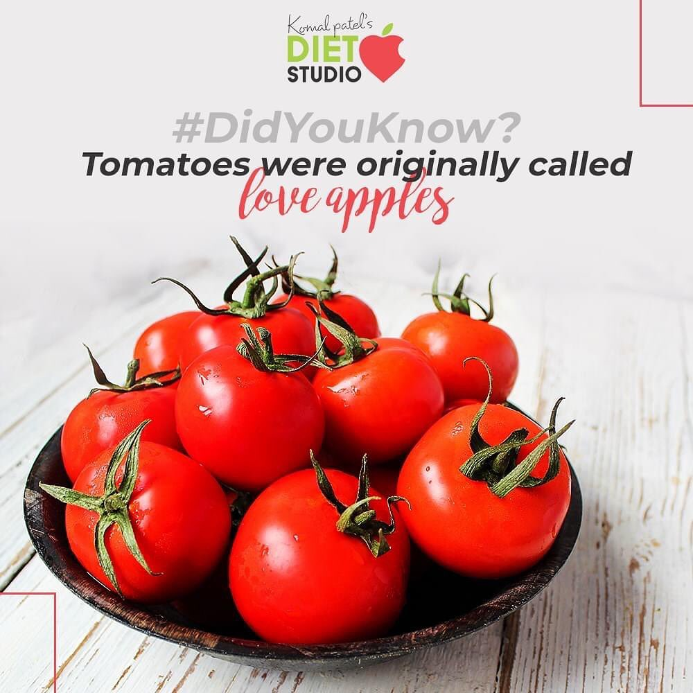 Being plumped up with nutrients, tomatoes offer N number of health benefits. They are great source of Vitamin C, Vitamin K, Potassium and dietary fiber. More interestingly tomatoes were originally called as love apples. Celebrate the month of love and keep showing some love to self but adopting healthy eating patterns that comprise of the nutritional rich food.  #KomalPatel #Diet #GoodFood #EatHealthy #GoodHealth #DietPlan #DietConsultation #valentineday
