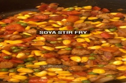 Protein rich Easy dinner recipe  Here's quick and healthy soya stir fry recipe.  #soyachunks #soyanuggets #protein #stirfry #stirfryveggies #quickdinner #healthydinner #kpmeals